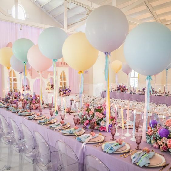 Helium Balloon with Ribbon Garlands