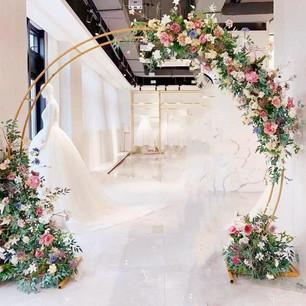 Gold Flower Semi Circular Arch