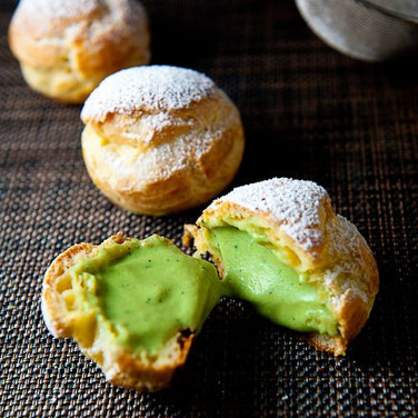 Green tea cream puff