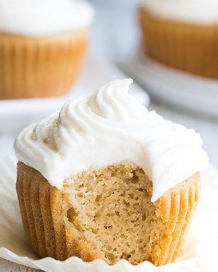 vanilla-cupcakes-9.jpg