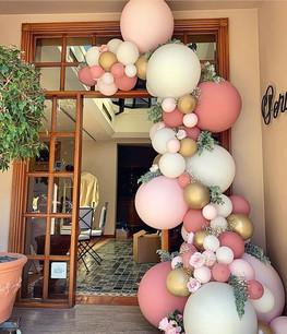 Organic Balloons Semi Arch