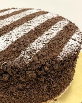 Classic Cakes 06