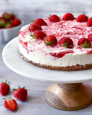 No-Bake-Strawberry-Swirl-Cheesecake-6-BE