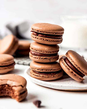 Chocolate-Macarons-14.jpg