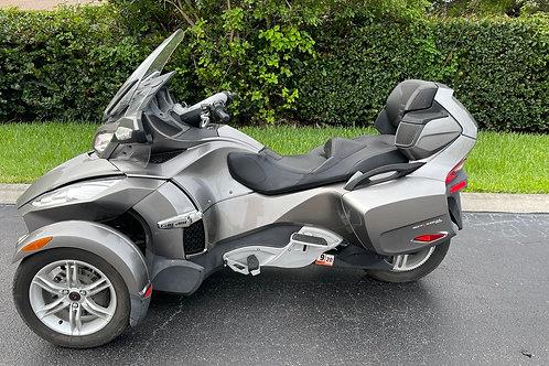 2011 Can Am Spyder RT Limited SM5 7500mi