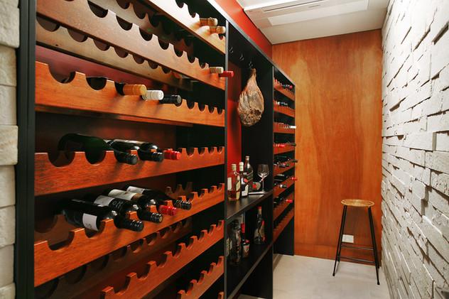 cellar_01[1].jpg