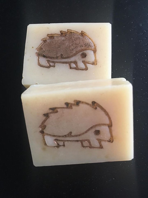 "Hedgehog Soap Stamp - footprint: 1.06"" x 0.7"" (27mm x 18mm)"