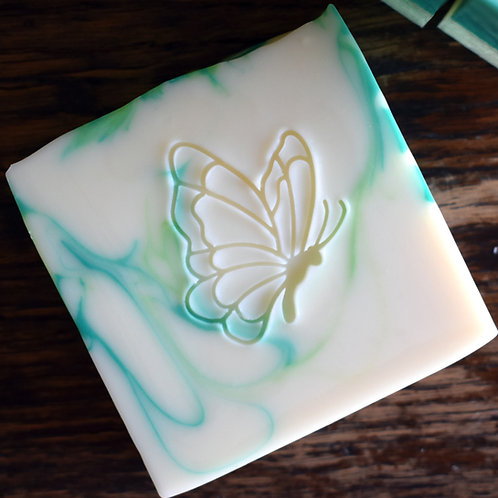 """Butterfly - 1.29"""" x 1.46"""" (33mmx37mm) - with fixed universal handle"""