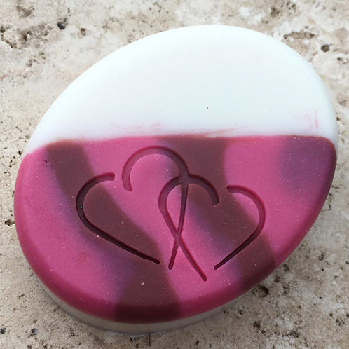 Broken Hearts Soap Stamp - footprint: 1.46' x 1.18' (37mm x 30mm)