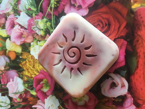 """Sunny Swirls Soap Stamp - Footprint 1.42"""" x 1.38"""" (36mm x 35mm)"""