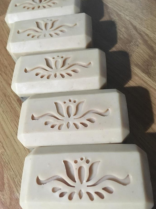 "Wide Flower Pattern Soap Stamp -footprint 2.17"" x 0.99"" (55 mm x 25 mm)"