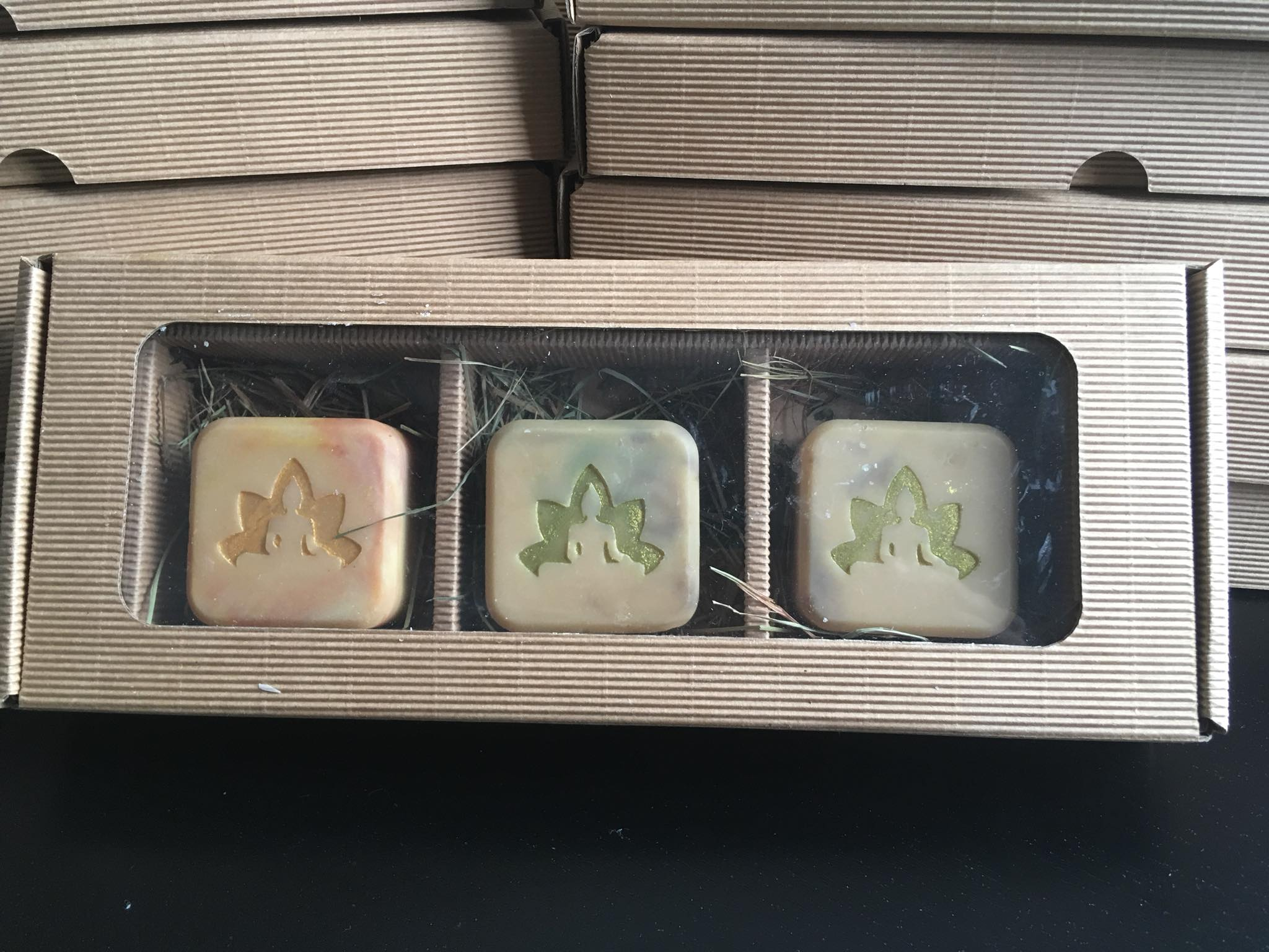 3 cavities soap packaging box 9