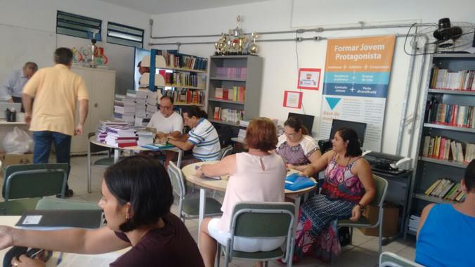 Palestra para professores e membros da Equipe Gestora da Escola Rev. Augusto Paes de Ávlia - Praia G