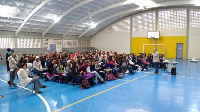 Palestra para pais e alunos na Escola Oswaldo Aranha