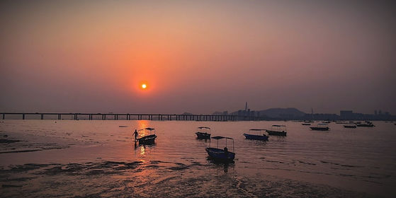 lau-fau-shan-sunset_edited.jpg