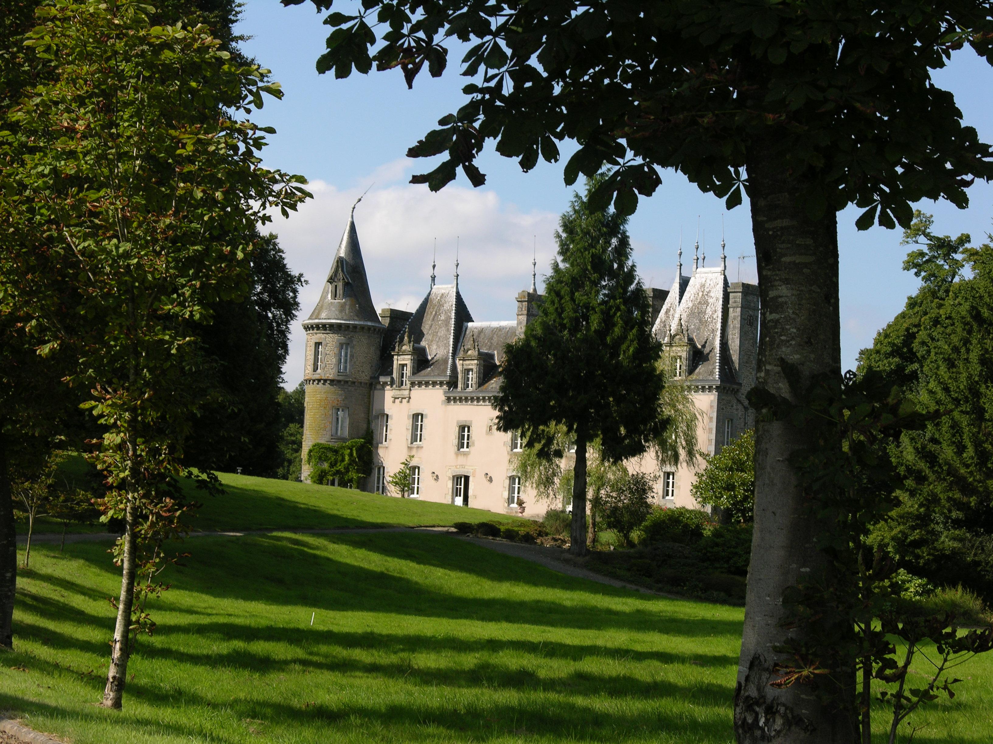 Chateau de Langourla