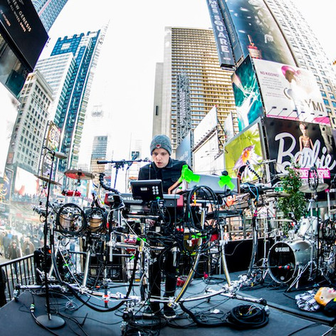 Robert DeLong Performance in Times Square