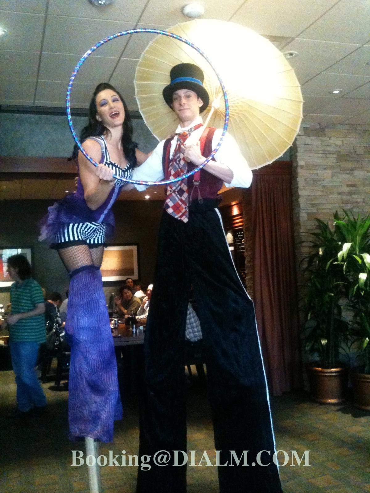 Stilt Walker Cirque Performers