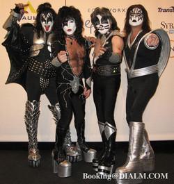 Kiss Lookalike