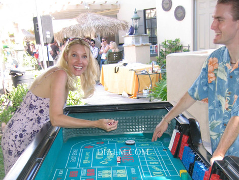 casino craps Medium size craps table.JPG
