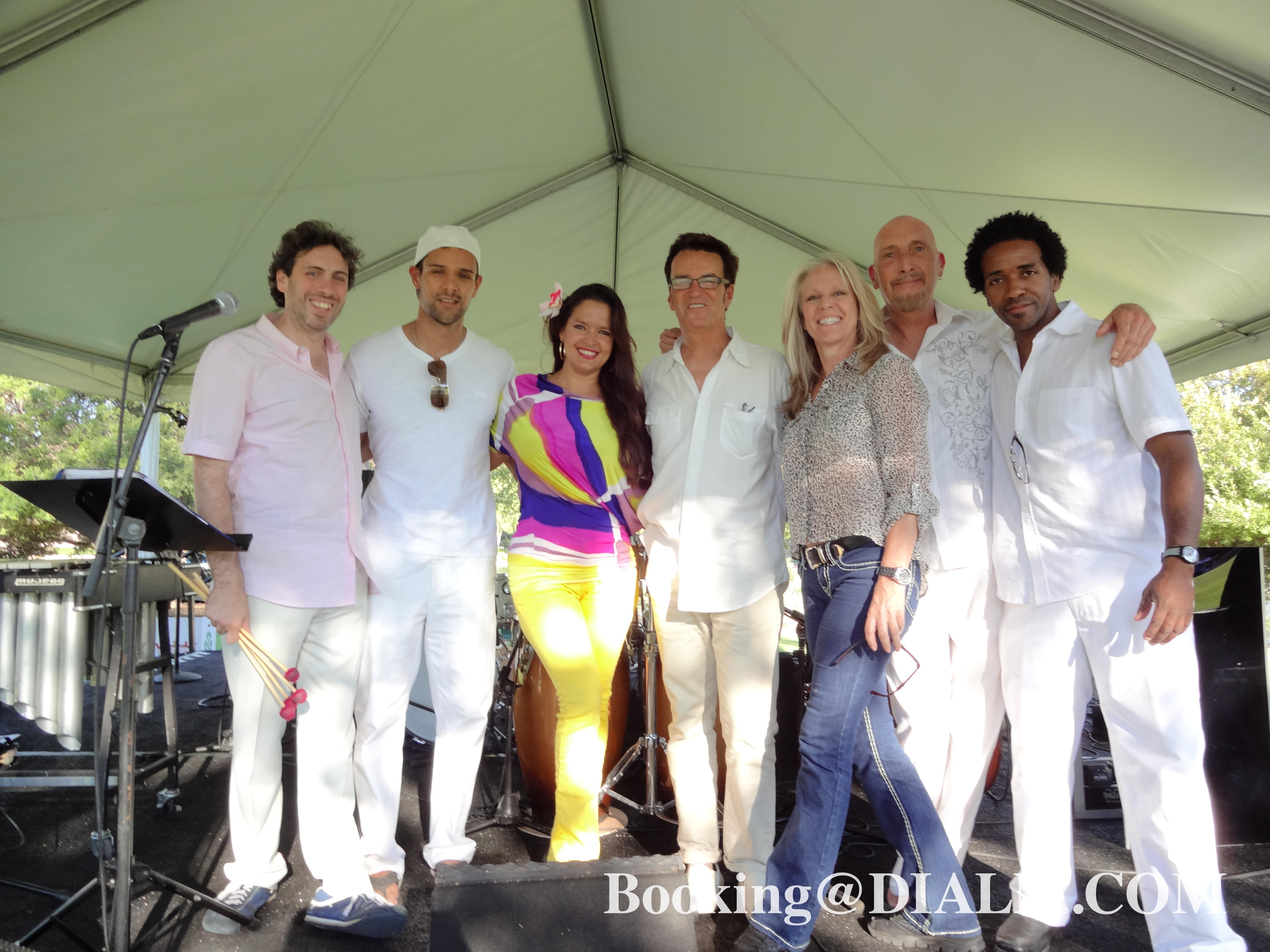 Latin Band Los Angeles Combolux