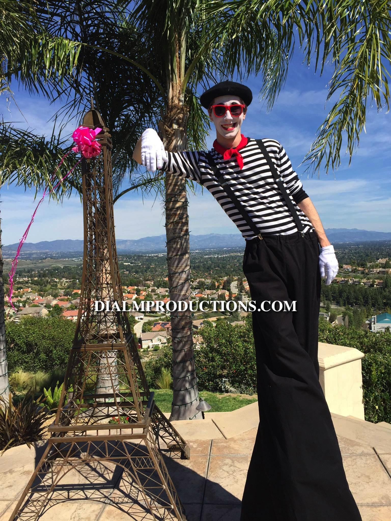 Mime Los Angeles Event Planner - Jesse Stilt Walker
