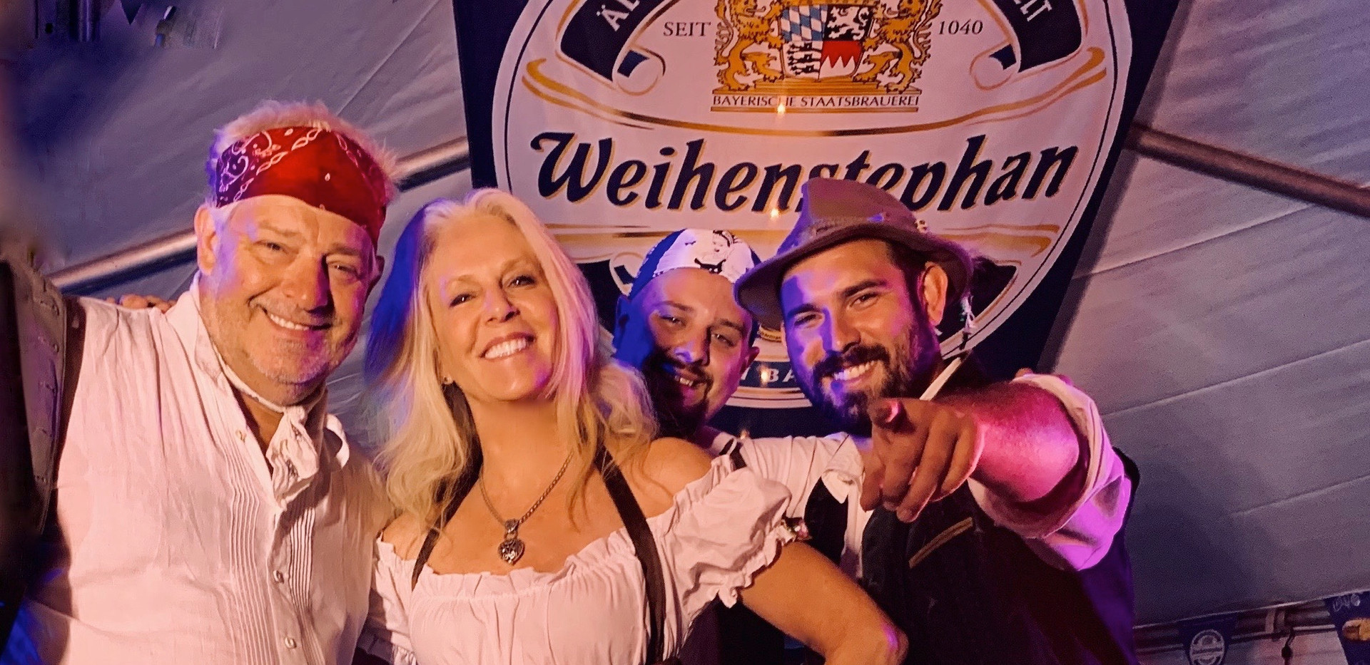 Oktoberfest Band Hazelnuss with Peggy Ph