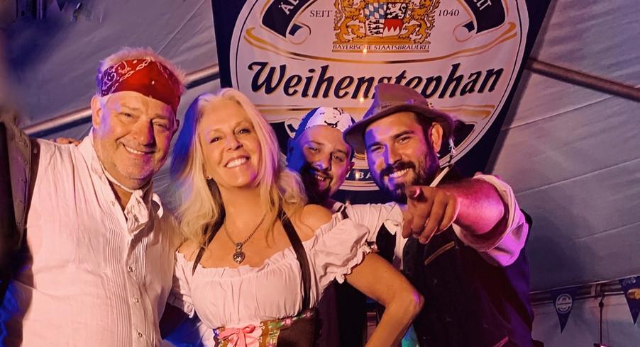 Oktoberfest Band Hazelnuss with Peggy Ph