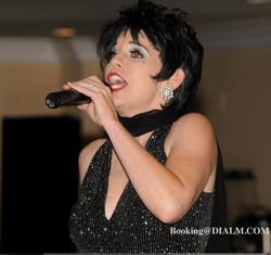 Liza Minelli Lookalike