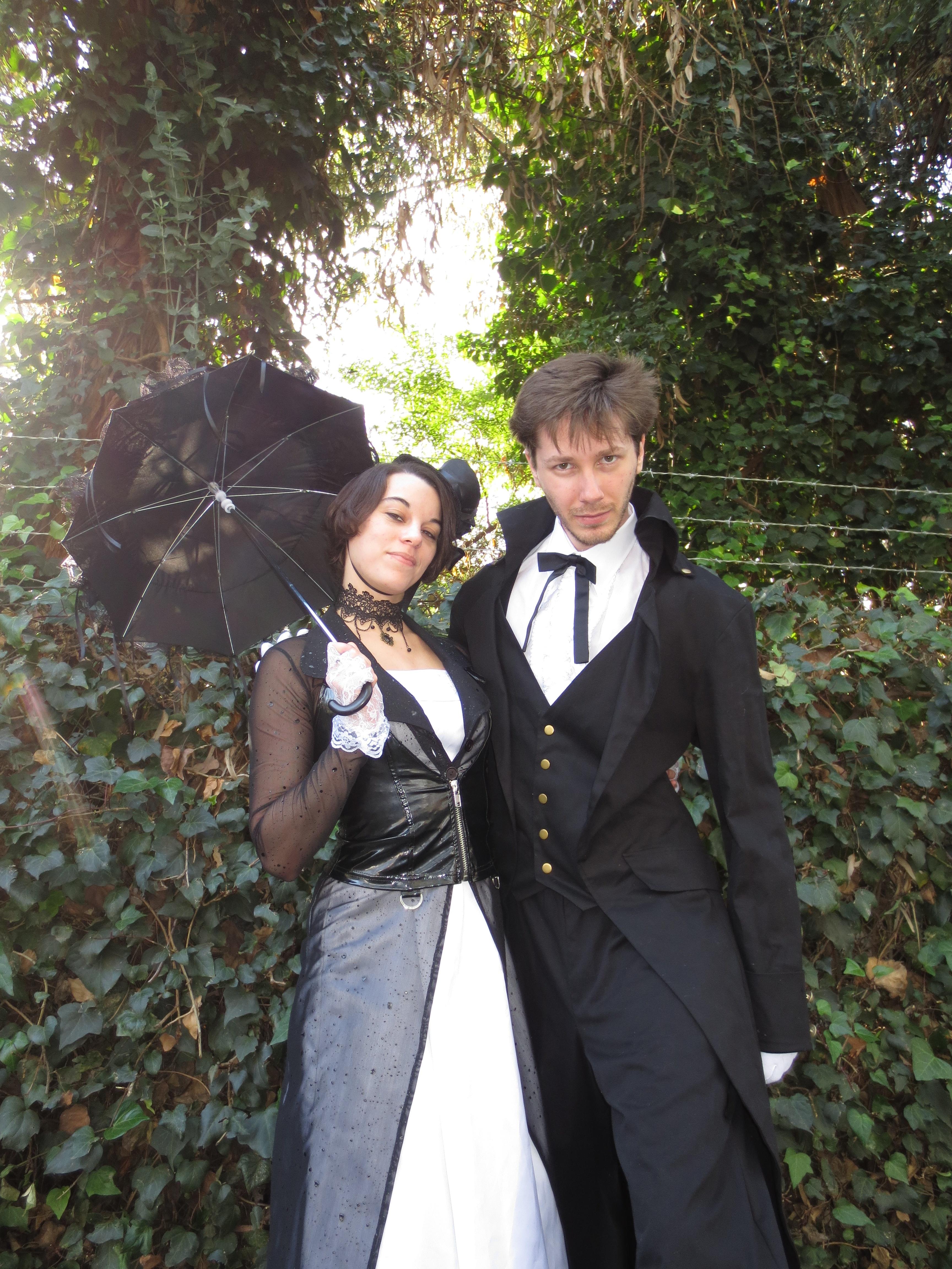 Black & White Steam Punk Male & Female stilt walkers DIALM