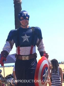 Captain America Stilt Walker los