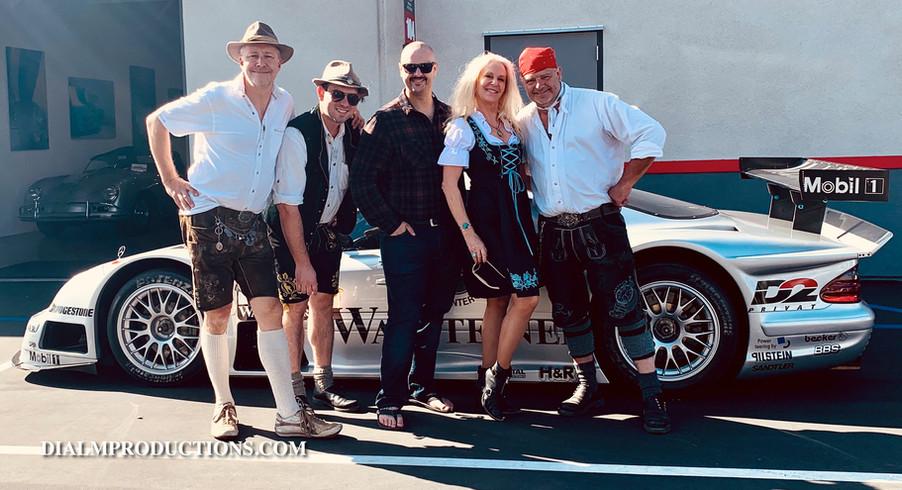 Oktoberfest Finish Line Club HazelnussBa