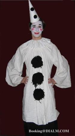 Pierrot Clown STILT WALKER