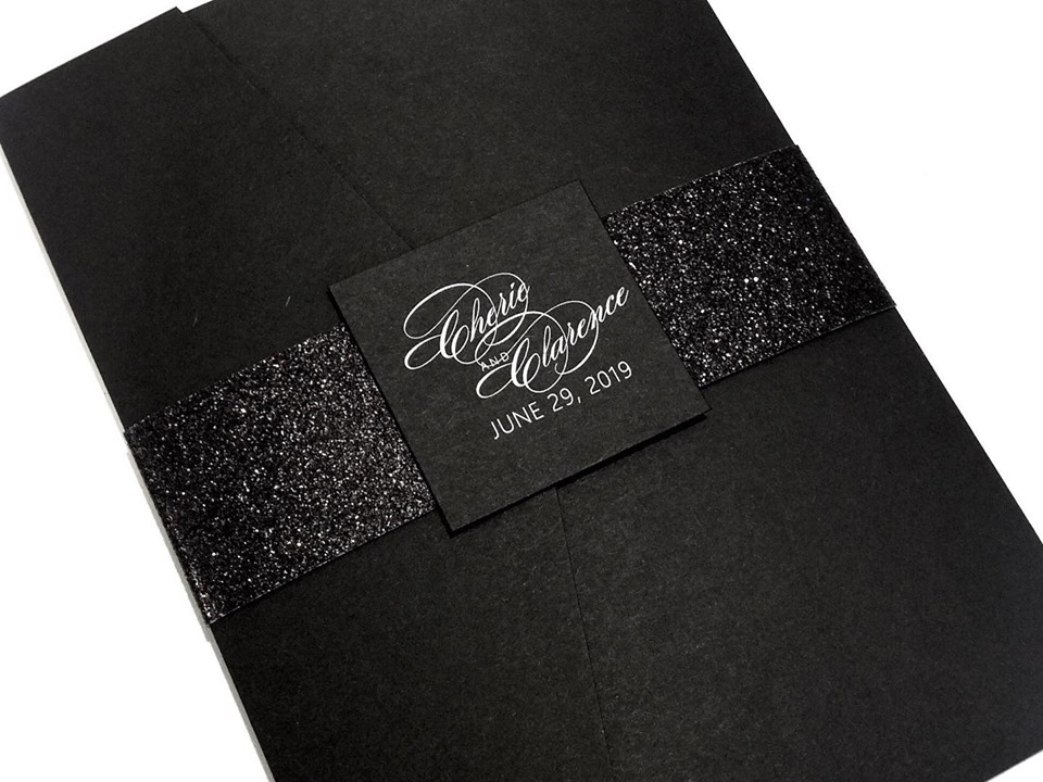 black invitations 1