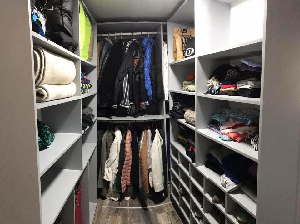 Kamasypetacas_closet (5)