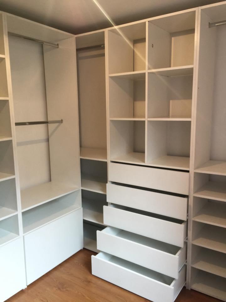 Kamasypetacas_closet (1)