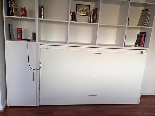 Cama Horizontal con mueble superior y lateral