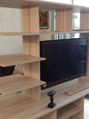 Rack-TV-con-espejos