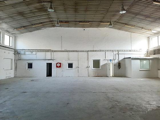 Prenajmeme murovaný sklad s kanceláriami a soc. zázemím v Zohore pri Bratislave