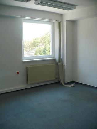 Prenajmeme menšiu kanceláriu v BA na Kutuzovovej