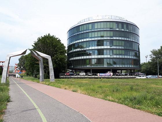 Prenajmeme admin. priestory s rôznymi výmerami v Bratislave Petržalke.
