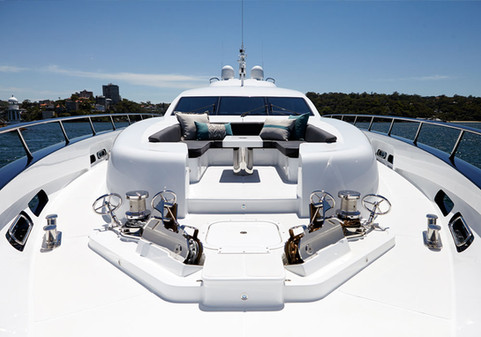 Qantum Yacht