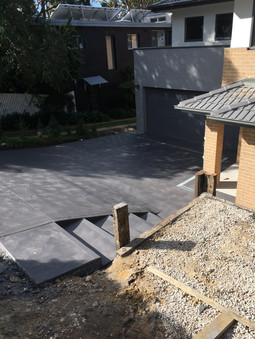 Mason Concreting - Northern Beaches - Driveway - Coloured concrete