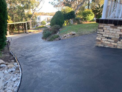 Mason Concreting - Coloured Concrete - Driveway