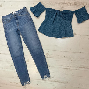 """אז מצאנו לך את האוטפיט המושלם! ☺️😍 חולצה מידה XS, מחיר 45 ש""""ח  ג'ינס #ZARA, מידה 34, מחיר 65 שח"""