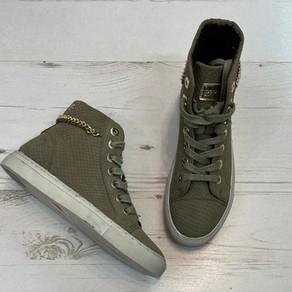 """יש להן קטע!! 😎🤟   נעליים במצב חדש #Replay, מידה 36, מחיר 120 ש""""ח"""