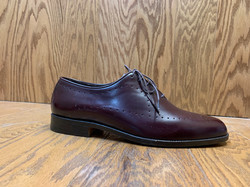 dress shoe with detail