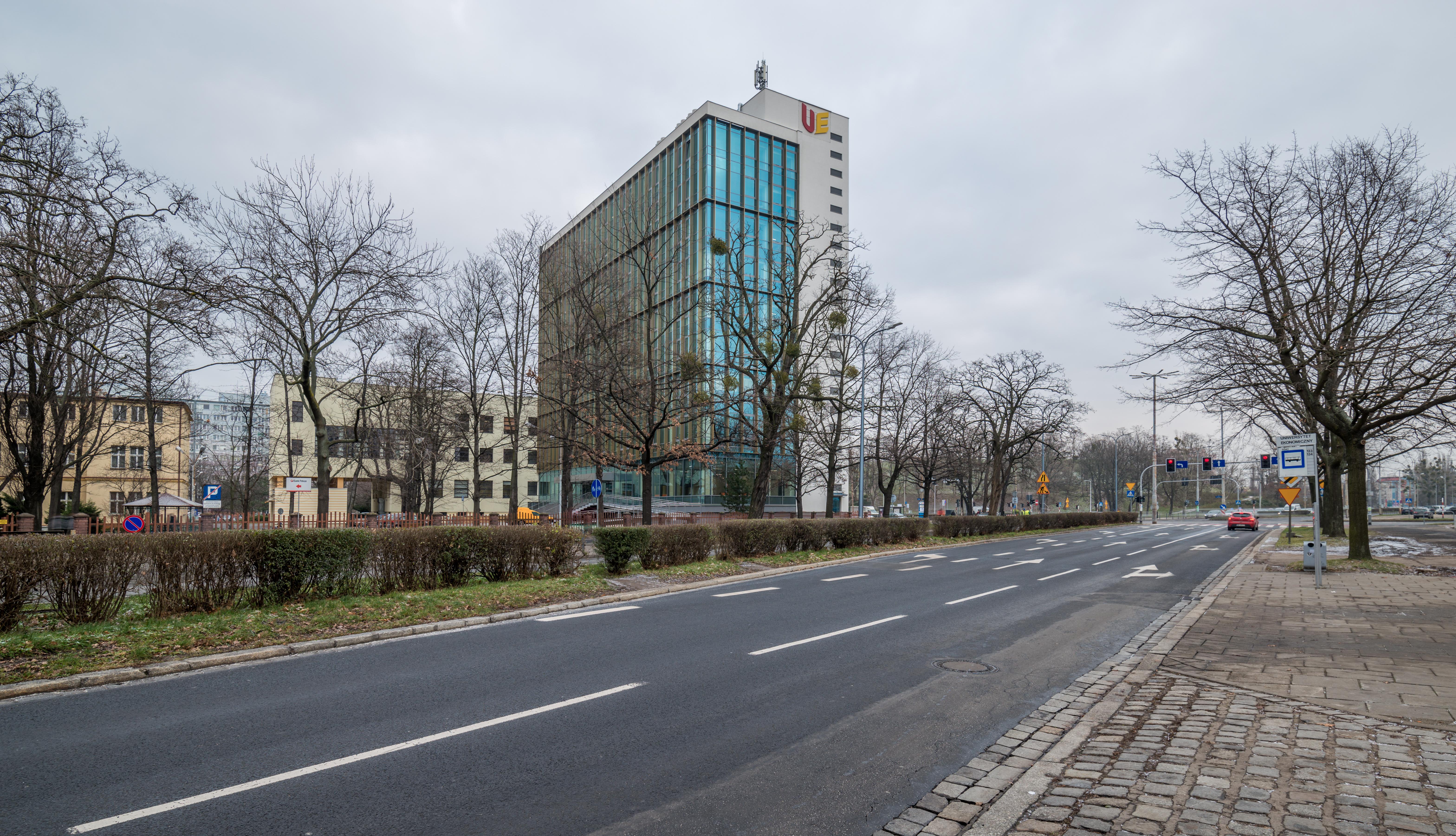 Uniwersytet_Ekonomiczny_Wroclaw-HiRes-4