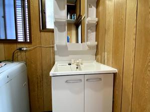 シンプルな洗面化粧台ですが、使い勝手は◎です‼ 洗面化粧台リフォーム 日高市高岡