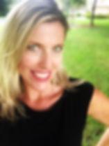 Julie Digby Headshot.jpg